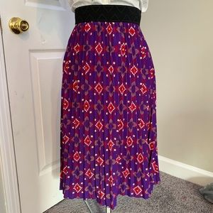 LuLaRoe Skirts - LuLaRoe Aztec patterned accordion skirt